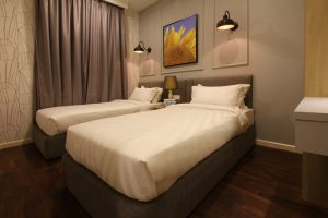 The Shore Hotel & Residences - Three Bedroom Apartment (Bedroom Sunflower Painting)