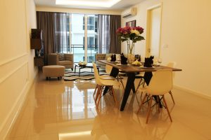 The Shore Hotel & Residences - Three Bedroom Apartment Dining Area